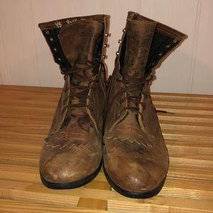Ariat lace up cowboy boots